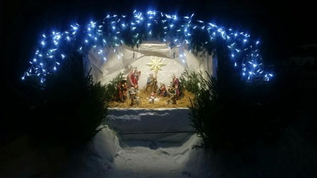 Рождественский вертеп храма Михаила Архангела